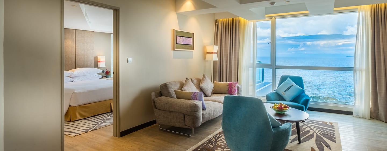 โรงแรม Doubletree by Hilton Penang มาเลเซีย - ห้องเทอร์เรซสวีท เตียงคิงไซส์ ห้องนั่งเล่น