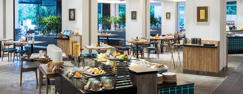 โรงแรม Doubletree by Hilton Penang มาเลเซีย - บุฟเฟต์ Makan Kitchen