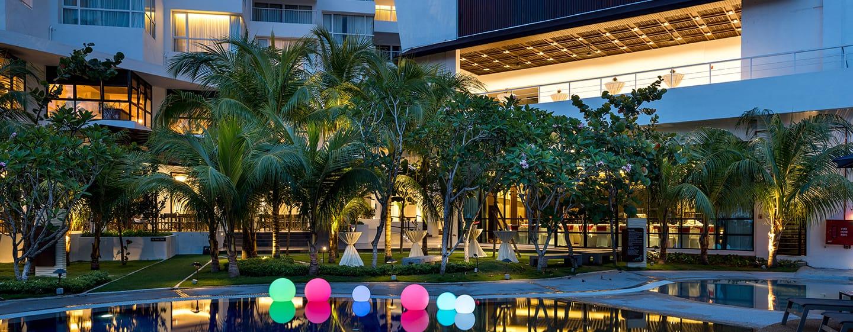 โรงแรม Doubletree by Hilton Penang มาเลเซีย - สระว่ายน้ำ