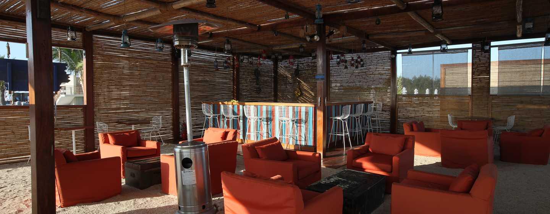 Hotel DoubleTree Resort by Hilton Paracas-Perú - Bar en la playa