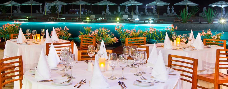 Hotel DoubleTree Resort by Hilton Paracas-Perú - Restaurantes al aire libre