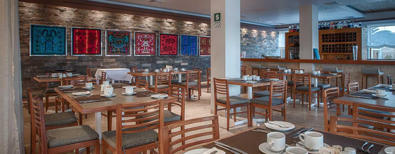 Hotel DoubleTree Resort by Hilton Paracas-Perú - Restaurante principal