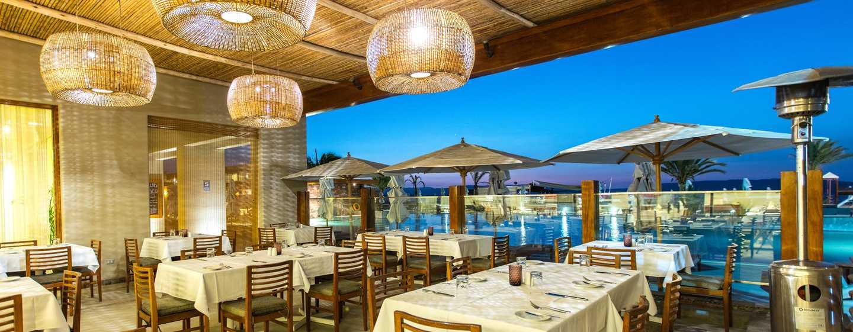 Hotel DoubleTree Resort by Hilton Paracas-Perú - Restaurante al aire libre