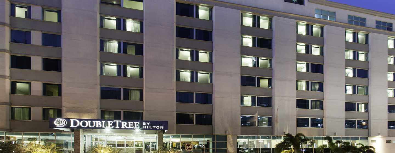 Hotel DoubleTree by Hilton Panama City - El Carmen, Panamá - Fachada del hotel