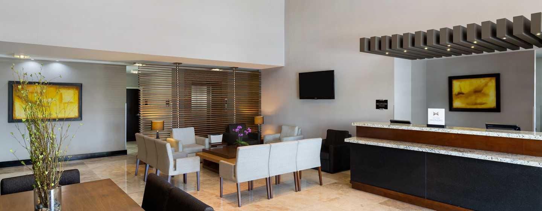 DoubleTree by Hilton Queretaro, México - Lobby