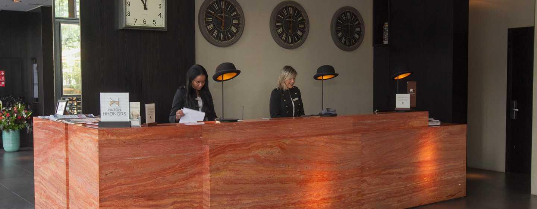 Hotel DoubleTree by Hilton Santiago – Vitacura, Chile – Balcão de recepção