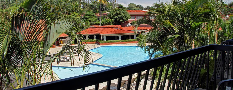 Hotel DoubleTree by Hilton Cariari San José, Costa Rica - Vista desde la suite Executive con balcón