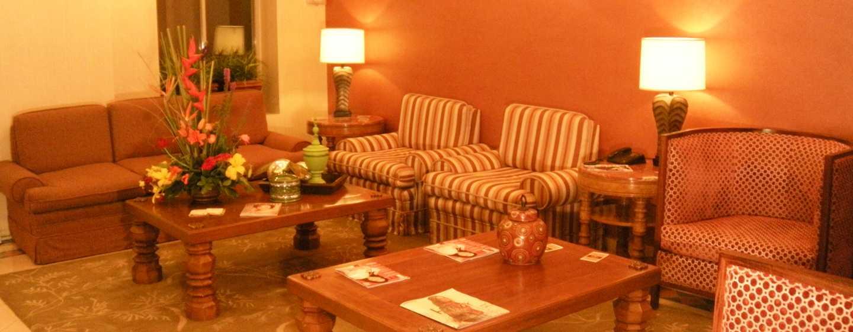 Hotel DoubleTree Suites by Hilton Saltillo, México - Lobby del hotel