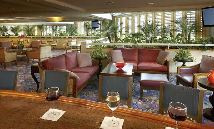 Hotel DoubleTree Suites by Hilton Santa Monica, California, EE. UU. - Bar Jazz Loft