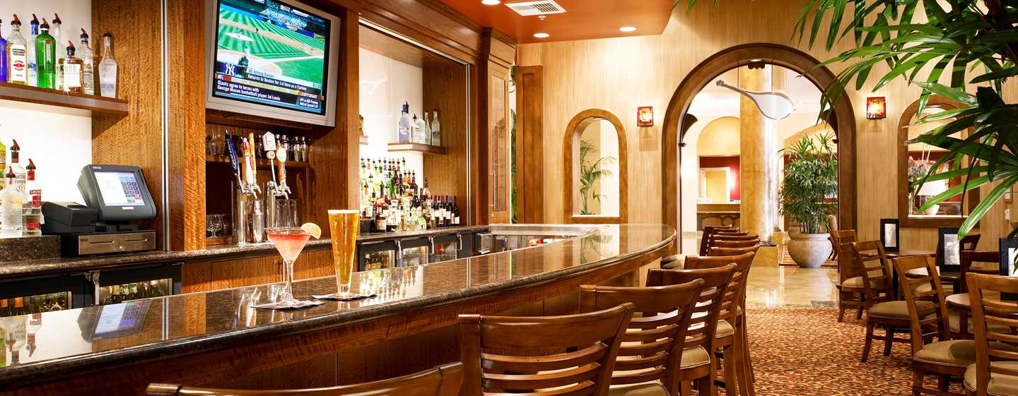 Hotel DoubleTree Suites by Hilton Anaheim Resort - Convention Center, California - Grappa Lounge