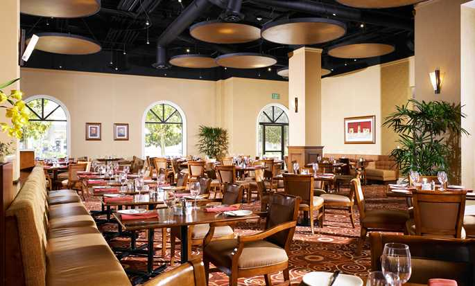 Hôtel DoubleTree Suites by Hilton Hotel Anaheim Resort - Convention Center, Californie - Restaurant Agio Ristorante