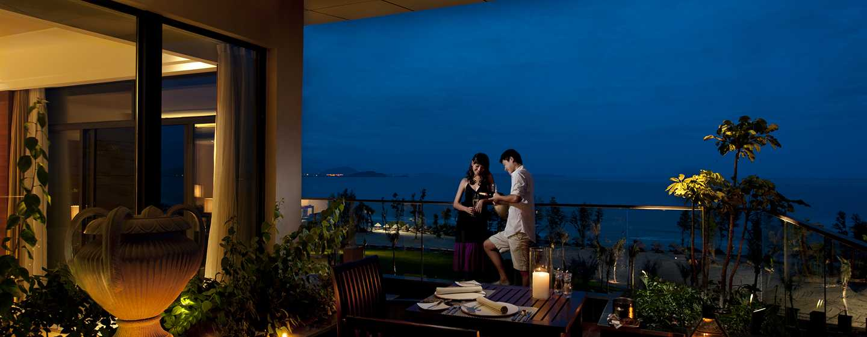 DoubleTree Resort by Hilton Hotel Sanya Haitang Bay, China– Grand Suite mit Meerblick