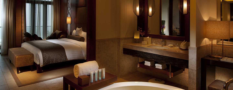 DoubleTree Resort by Hilton Hotel Sanya Haitang Bay, China– Lifestyle Suite mit Meerblick