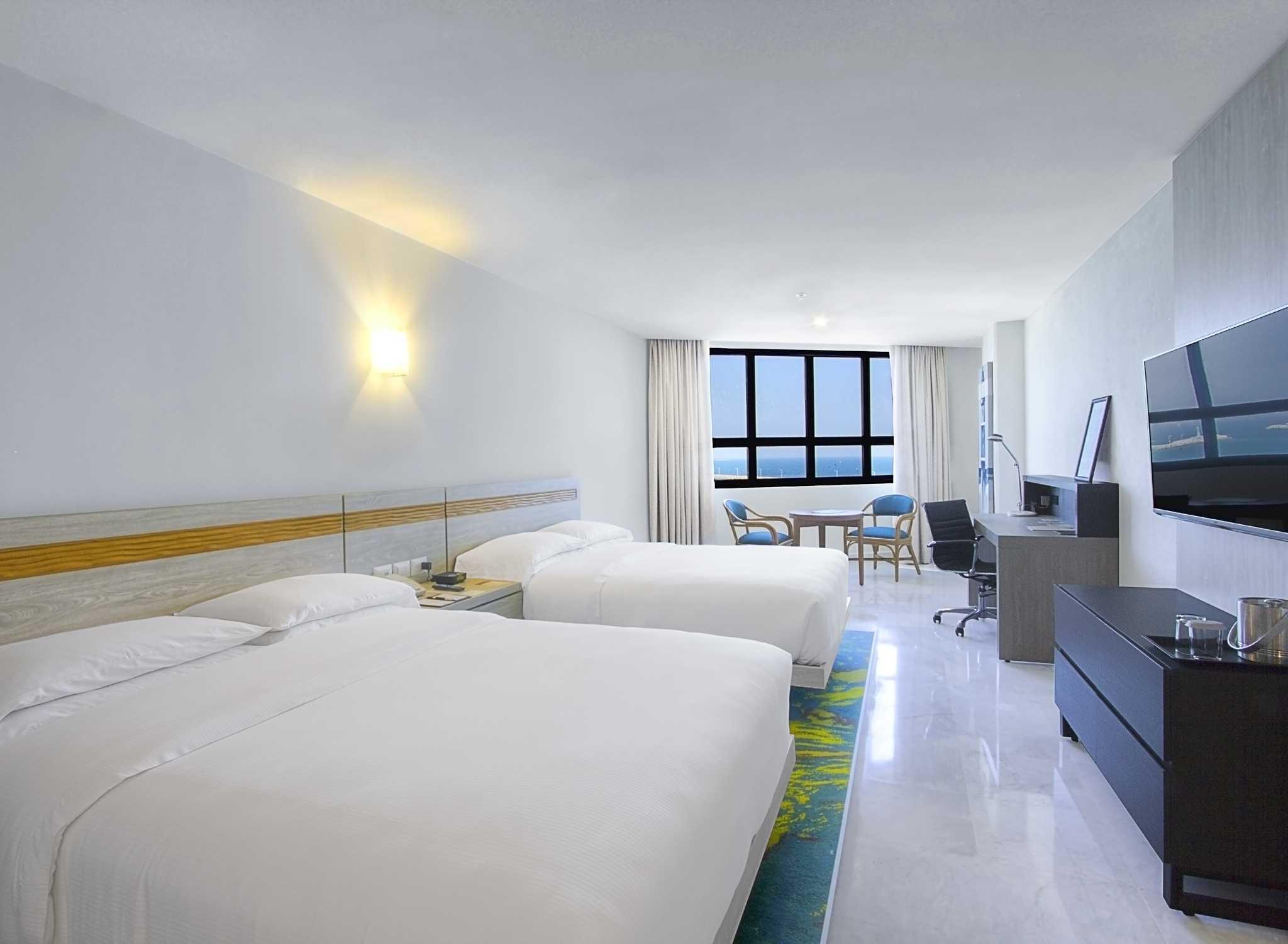 interior del hotel DoubleTree by Hilton en Veracruz