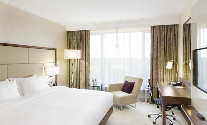 DoubleTree by Hilton Hotel & Conference Centre Warsaw, Poland - King Room