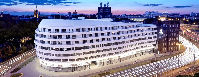DoubleTree by Hilton Hotel Wrocław, Polska – Fasada hotelu