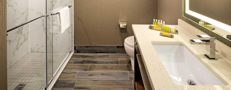 Hôtel Doubletree by Hilton Toronto Airport, Canada - Salle de bains
