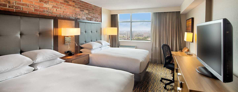 Hôtel Doubletree by Hilton Toronto Airport, Canada - Chambre avec deux grands lits
