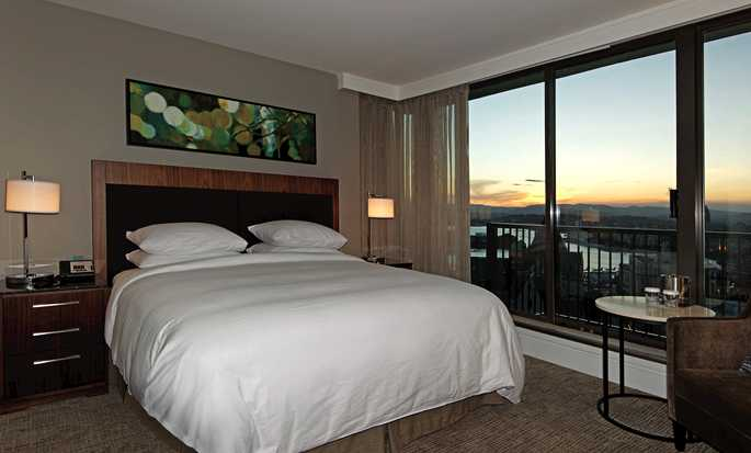 Hôtel DoubleTree by Hilton Hotel & Suites Victoria, Canada - Chambre