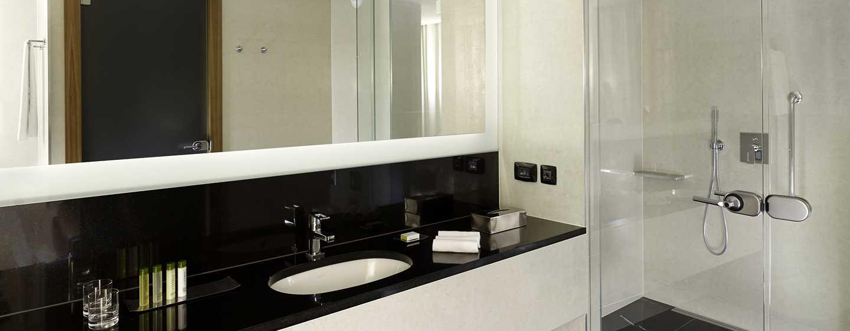 Хотел DoubleTree by Hilton Zagreb, Croatia – баня