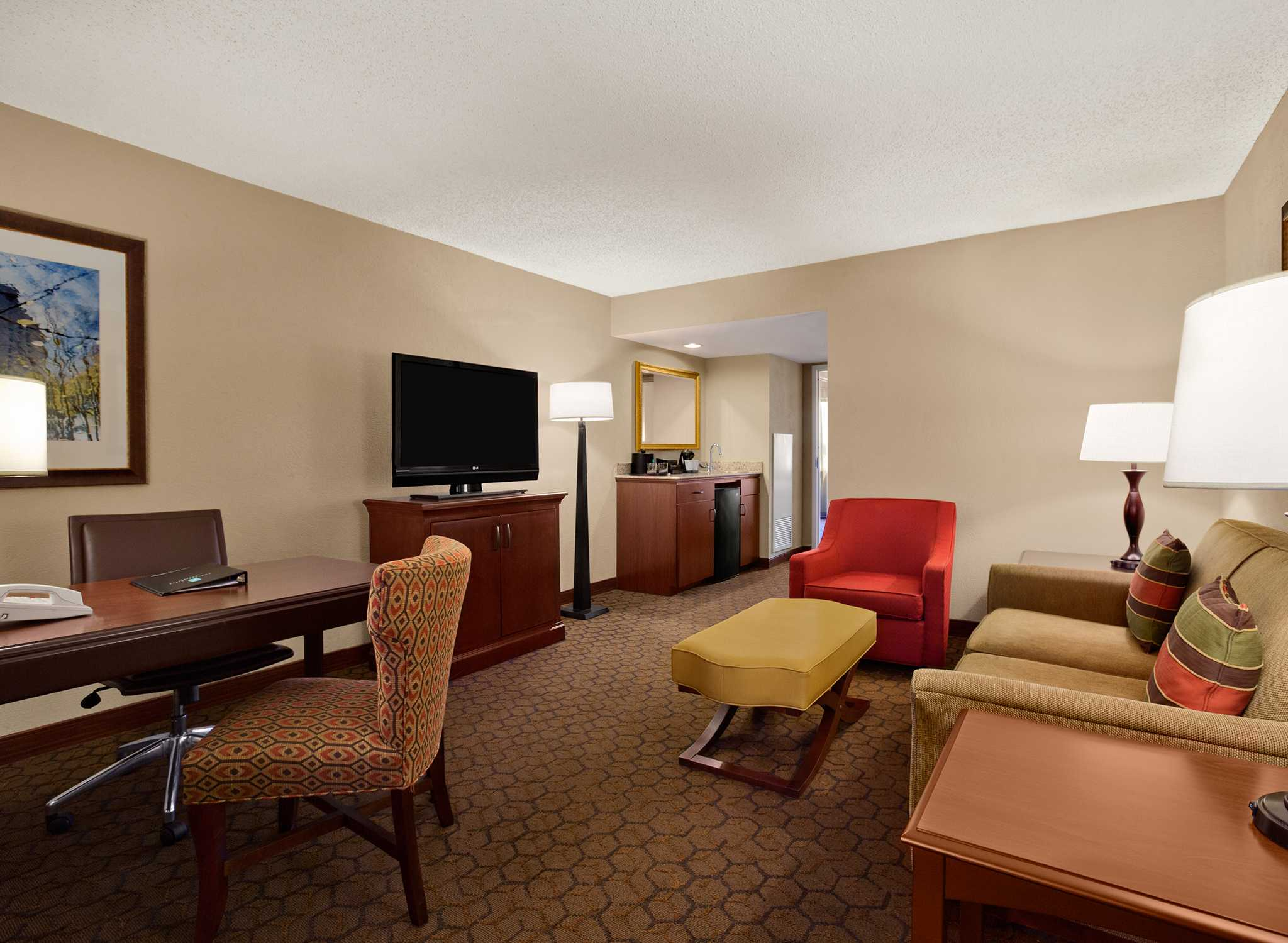 Hotel Embassy Suites Austin Arboretum