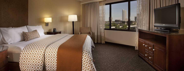 Hotel Embassy Suites Austin - Downtown/Town Lake, Estados Unidos - Suite con cama King y vista a la ciudad