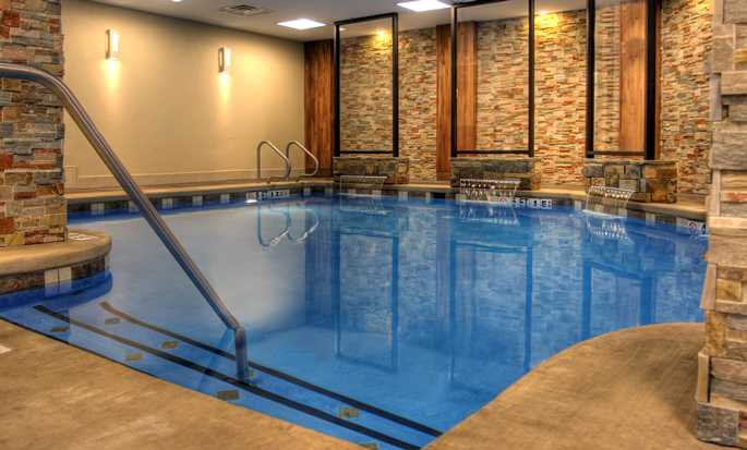 Hotel Embassy Suites by Hilton Austin Downtown South Congress, Estados Unidos - Piscina
