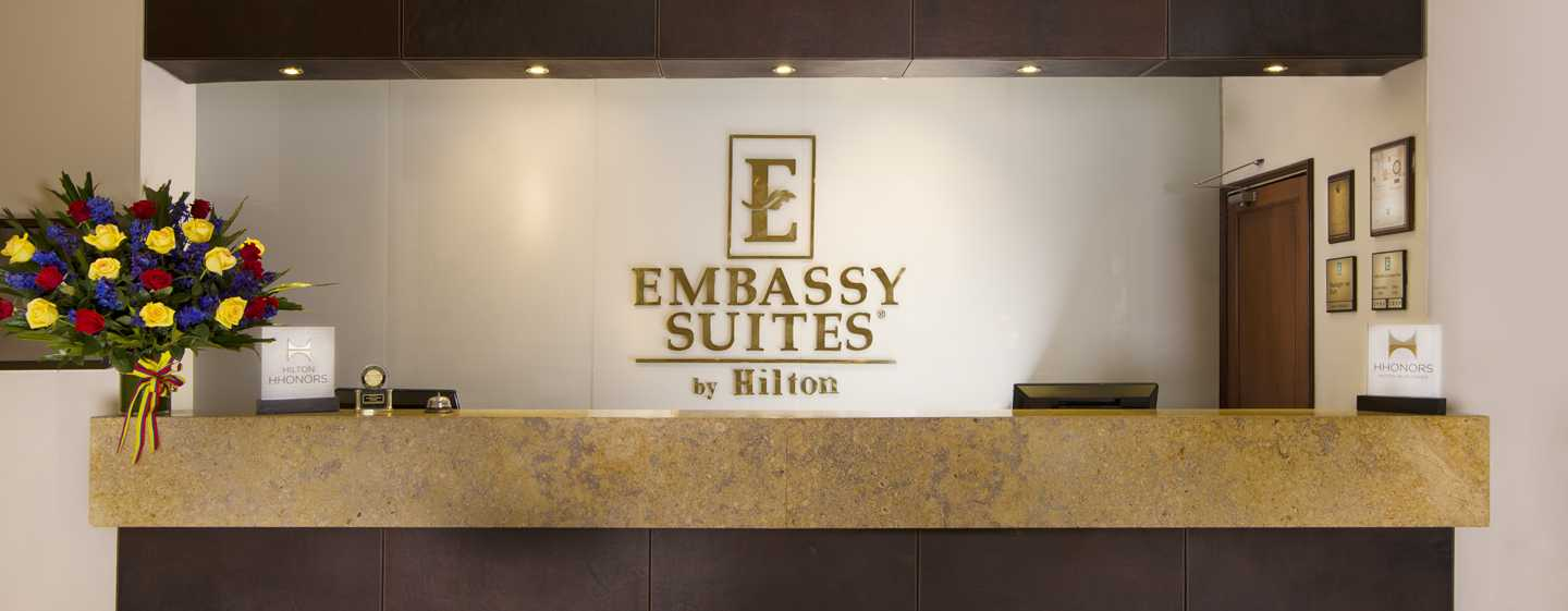 Hotel Embassy Suites by Hilton Bogotá - Rosales, Colombia - Lobby del hotel