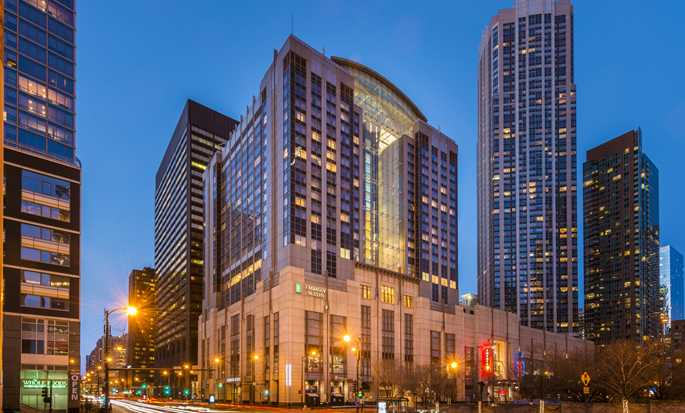 Hotel Embassy Suites Chicago Downtown Magnificent Mile, Illinois - Fachada