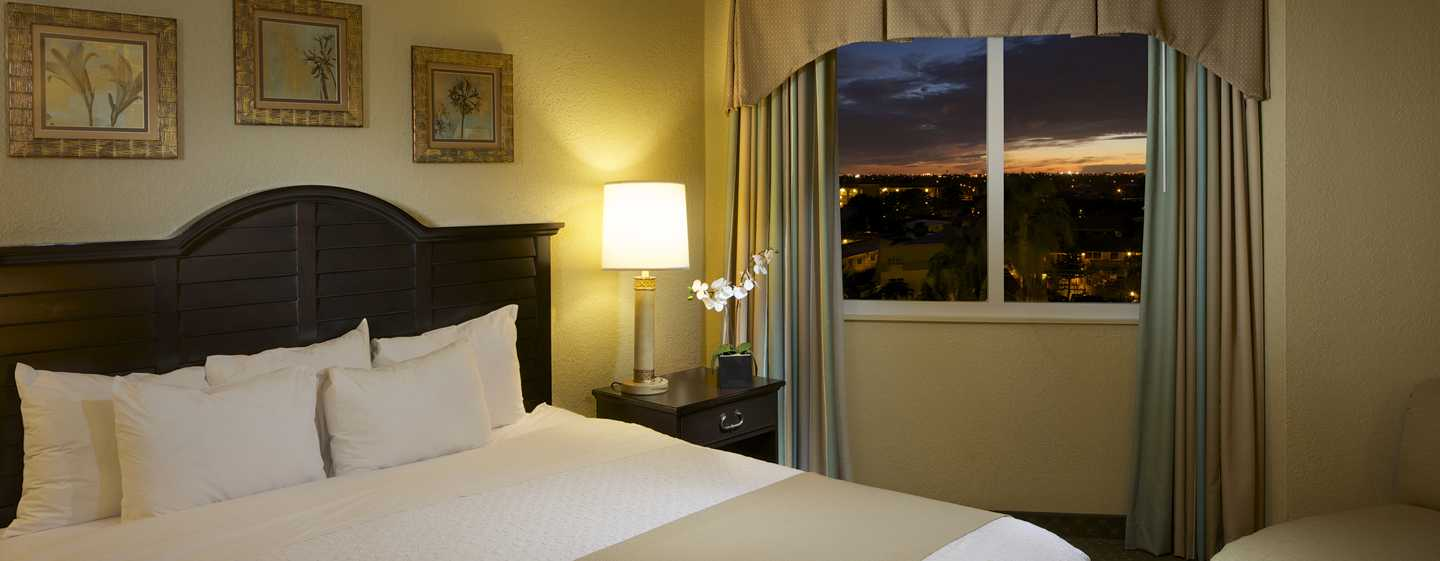 Embassy Suites Deerfield Beach - Resort & Spa, United States of America - Suíte com 1 cama king-size