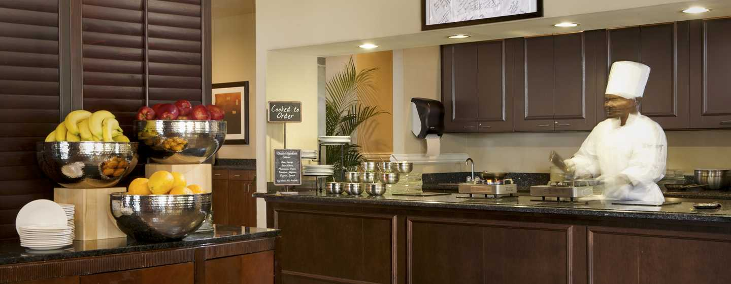 Embassy Suites Deerfield Beach - Resort & Spa, United States of America - Café da manhã no BT