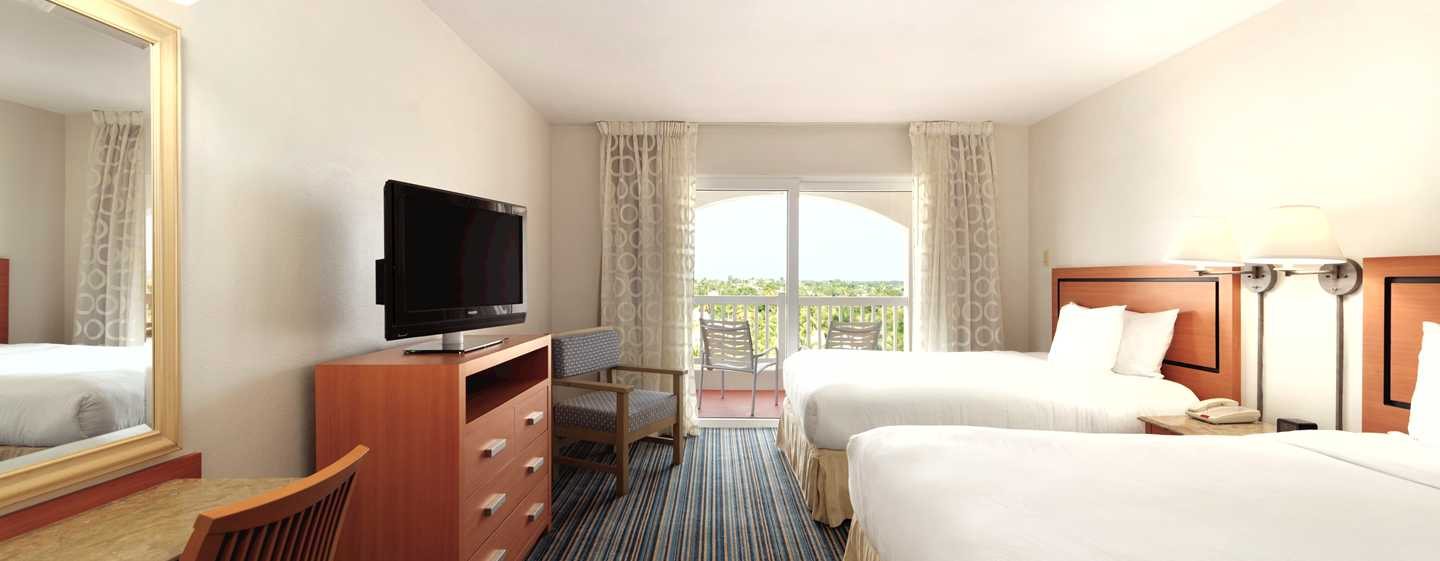 Hotel Embassy Suites by Hilton Dorado del Mar Beach Resort, Dorado, Puerto Rico - Suite con cama King y vista al mar