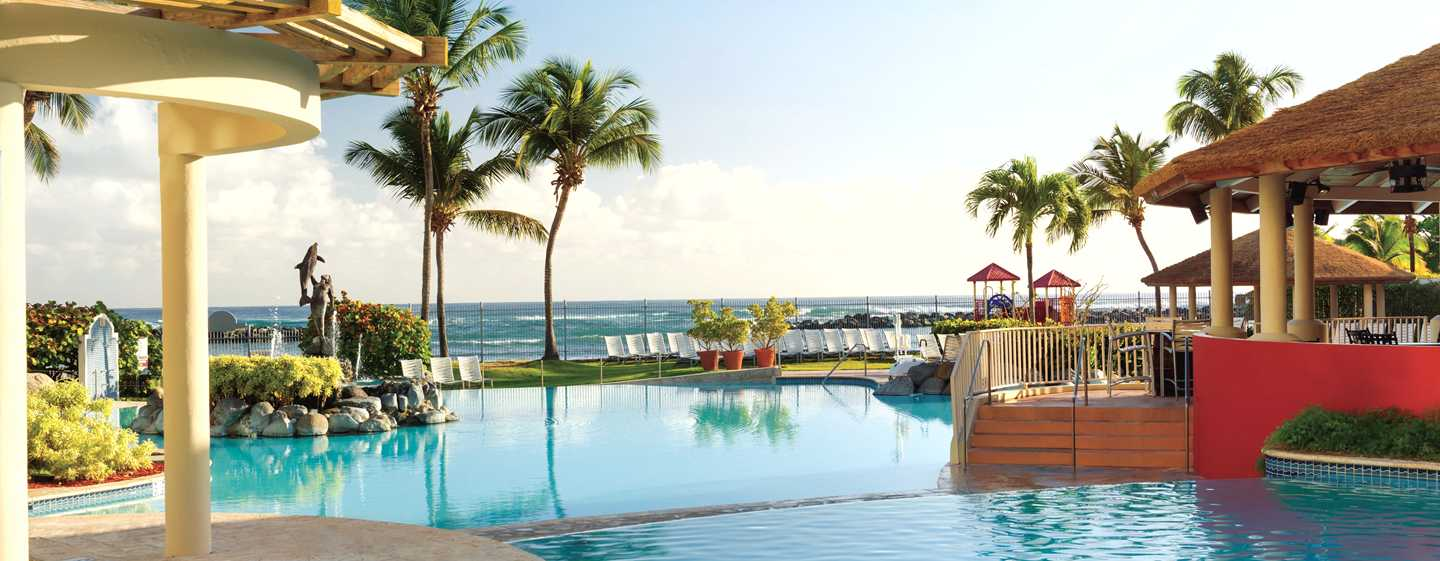 Hotel Embassy Suites by Hilton Dorado del Mar Beach Resort, Dorado, Puerto Rico - Piscina