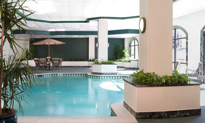 Embassy Suites by Hilton Houston Near the Galleria, Texas, EE.UU. - Piscina bajo techo
