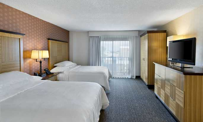 Embassy Suites by Hilton Los Angeles Downey, California - Suite doble