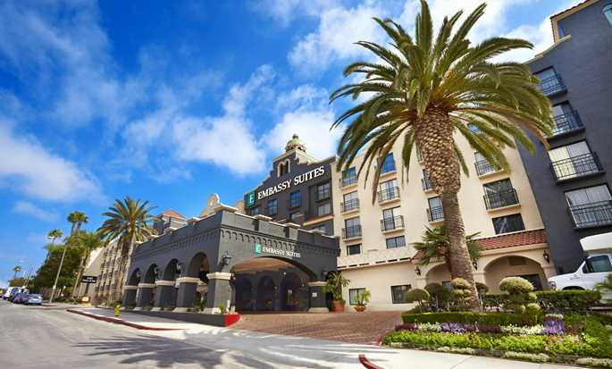 Hotel Embassy Suites by Hilton Los Angeles International Airport South, California - Fachada del hotel