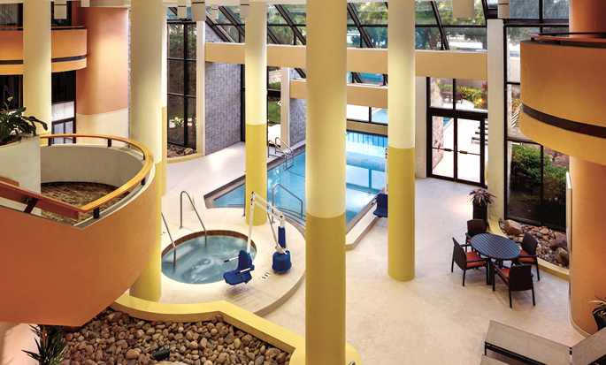 Embassy Suites Orlando - International Drive/Jamaican Court, Orlando Flórida - Piscina coberta
