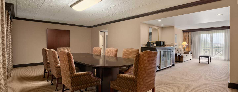 Embassy Suites Philadelphia – Airport Hotel, Pennsylvania, USA– Executive Suite Boardroom