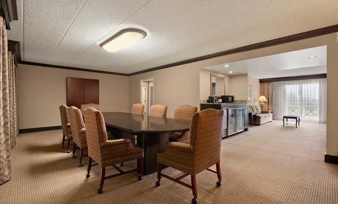 Embassy Suites Philadelphia – Airport Hotel, Pennsylvania, USA – Executive Suite Boardroom
