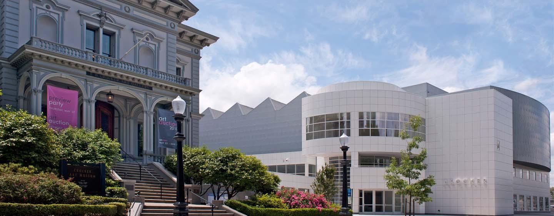 Embassy Suites by Hilton Sacramento Riverfront Promenade, USA – Crocker Art Museum