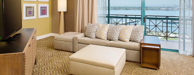 Embassy Suites San Diego Bay - Downtown, California - Sala de estar de la suite
