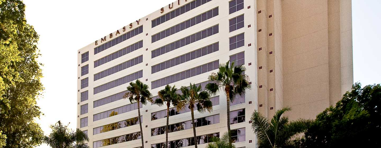 Hotel Embassy Suites by Hilton San Diego – La Jolla, Califórnia, EUA – Exterior do hotel