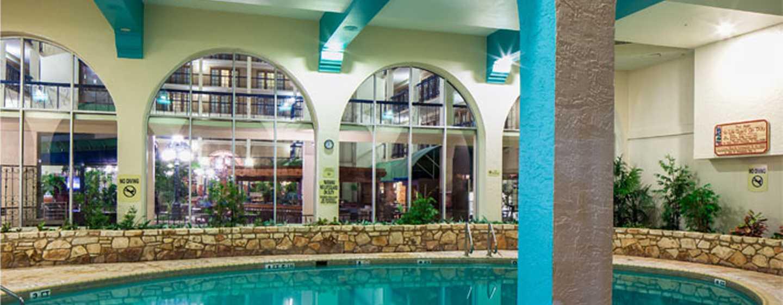 Hotel Emby Suites By Hilton San Antonio Nw I 10 Texas Ee