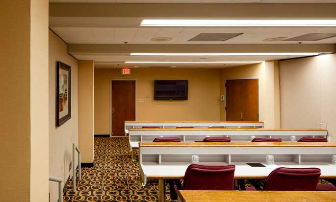 Hotel Embassy Suites by Hilton San Antonio Airport, Texas - Sala Cypress