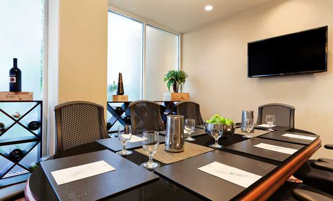 Hotel Embassy Suites by Hilton San Francisco Airport, California - Sala de juntas