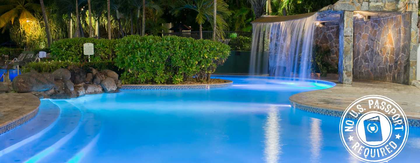Embassy Suites by Hilton San Juan Hotel and Casino, Puerto Rico - Piscina tipo laguna