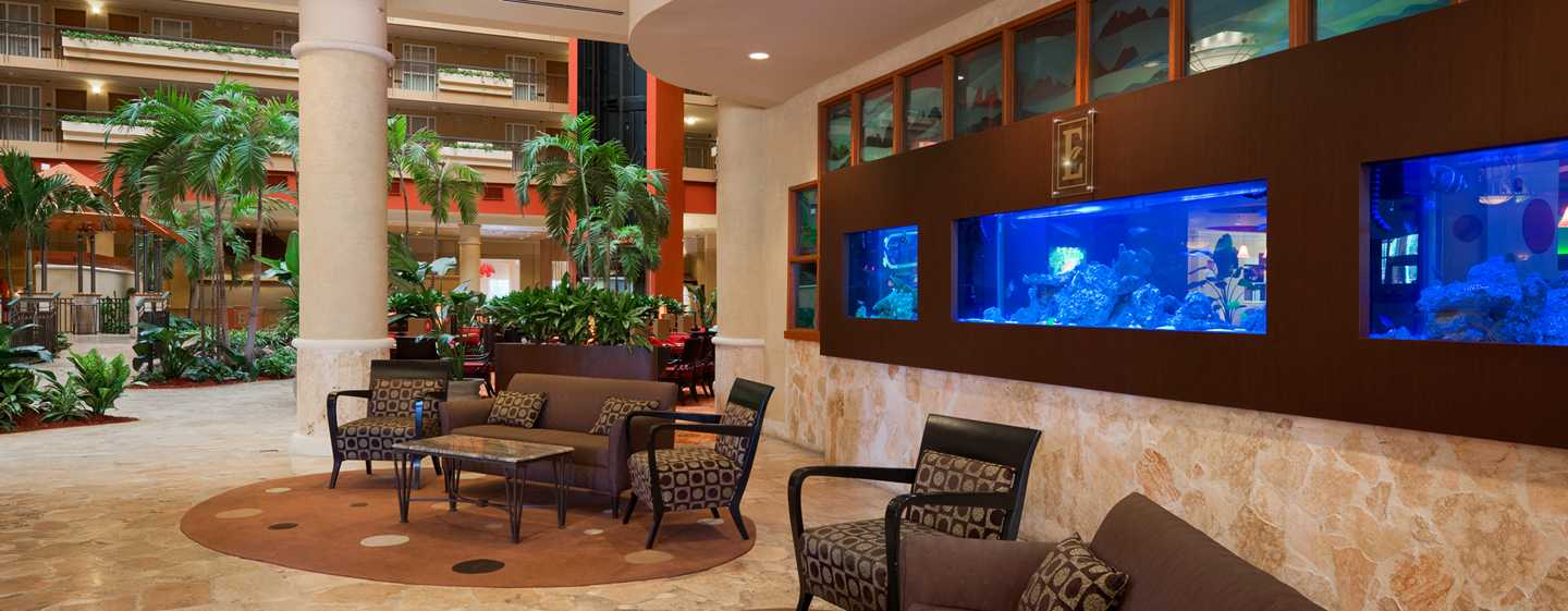 Embassy Suites by Hilton San Juan Hotel and Casino, Puerto Rico - Lobby
