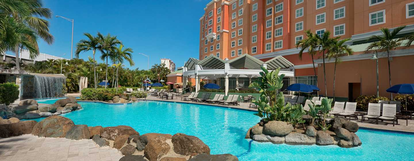 Embassy Suites by Hilton San Juan Hotel and Casino, Puerto Rico - Piscina al aire libre