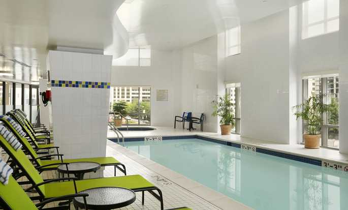 Embassy Suites Washington DC – Convention Center hotel, EUA - Piscina