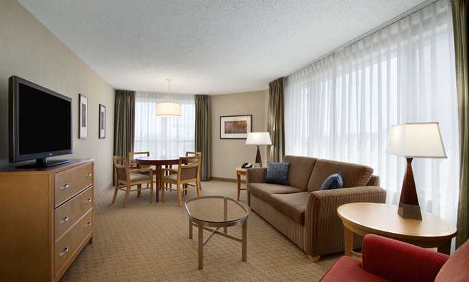 Embassy Suites Washington D.C. Convention Center hotel - King Suite